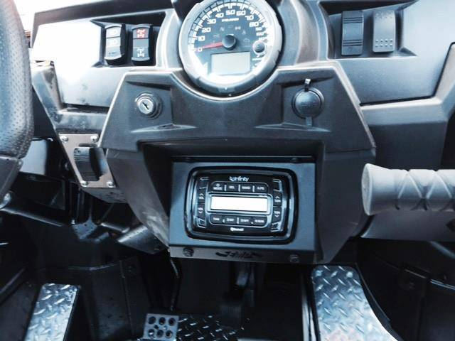 Rzr In Dash Infinity Bluetooth Stereo