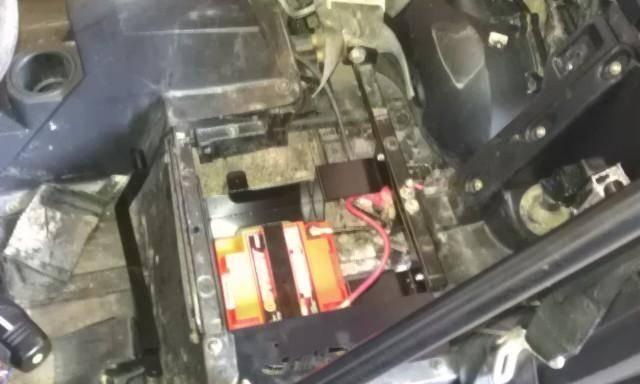 rzr battery tray