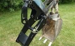 Tractor & Compact Trackhoe
