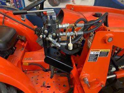 Extreme Metal Products, LLC - Kubota Tractor Auxilary Hyrdraulics Bracket - Image 1