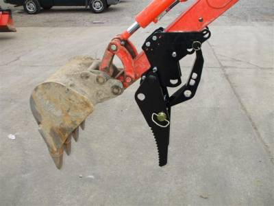 Extreme Metal Products, LLC - Backhoe Thumb for Kubota KX41-3V Compact Excavator - Bolt-On
